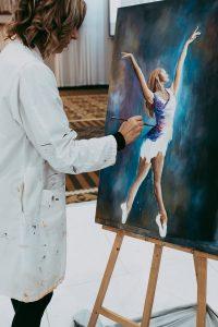 Arlene Musselman painting at Evening of Dreams 2018